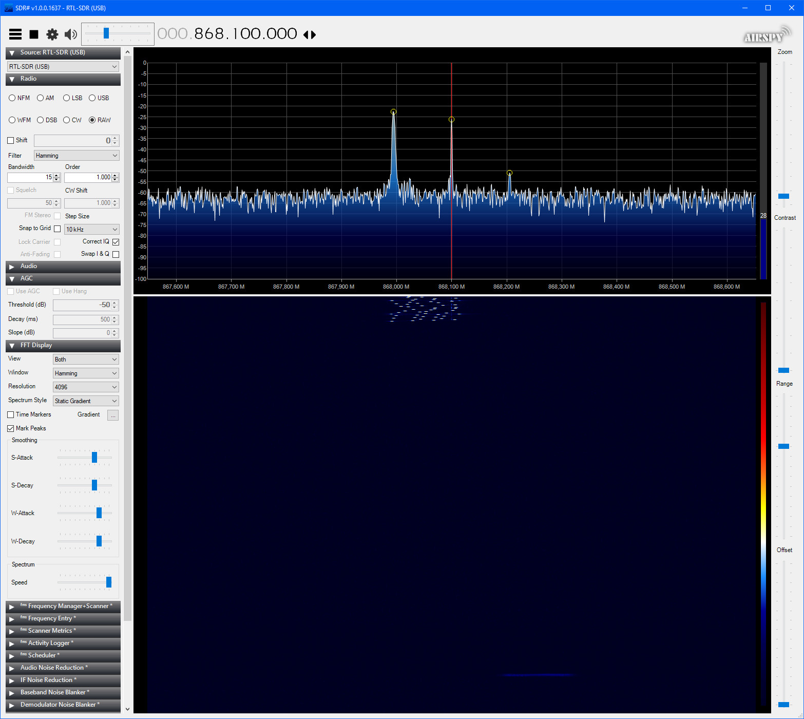 RTL-SDR%20-%20Without%20AGC%20-%20More%20zoomed%20out